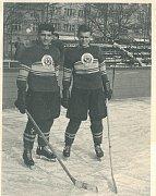 Jiří Kománek (vpravo) válel za Spartak Gottwaldov hokej.