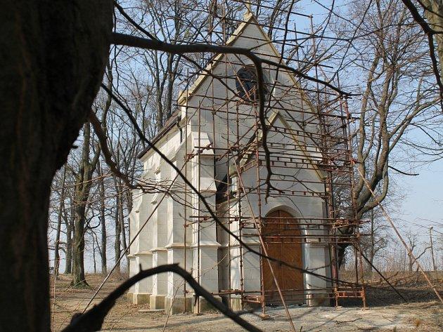 V Pohořelicích letos konečně po několika letech dokončí kompletní rekonstrukci tamní kapličky.