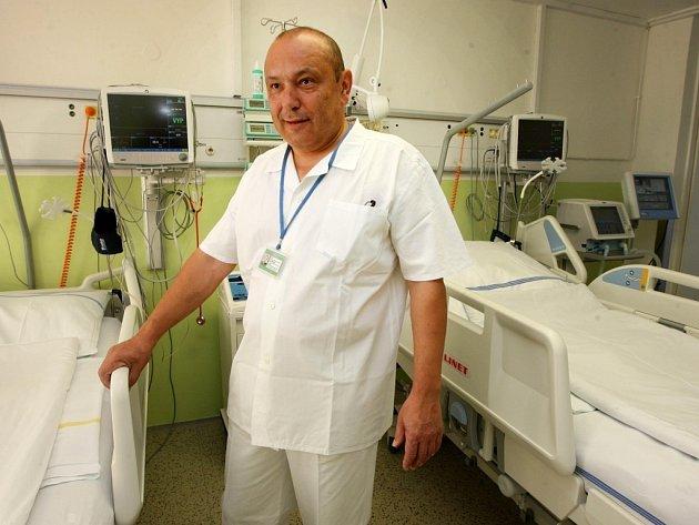 Jan Bartoník vede neurologické oddělení Krajské nemocnice Tomáše Bati ve Zlíně.