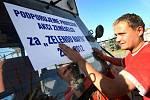 """Protestní akce zemědělců """"Za zelenou naftu"""" ve Fryštáku."""