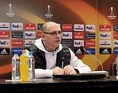 Trenér Bohumil Páník byl před utkáním v Tiraspolu dobře naladěný. Na předzápasové tiskové konferenci novináře pobavil. Foto: pro Deník/Dalibor Michalčík