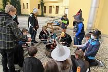 Pálení čarodějnic v Základní škole Fryšták.