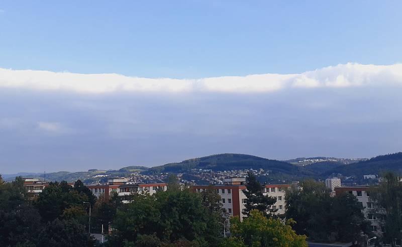 Obloha nad Zlínem v neděli 3. října 2021