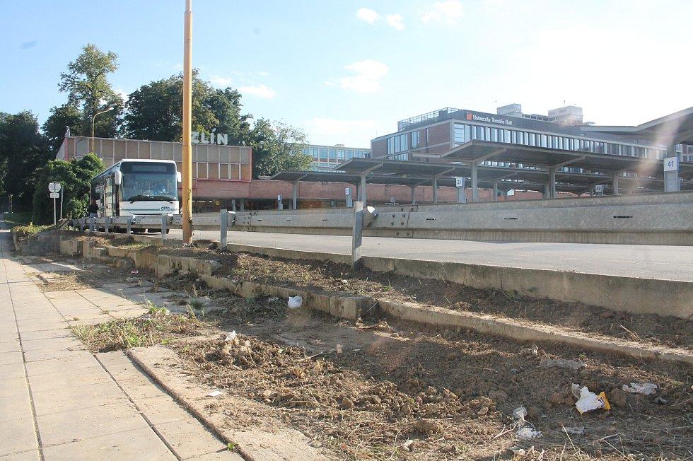 Stav autobusového nádraží ve Zlíně.