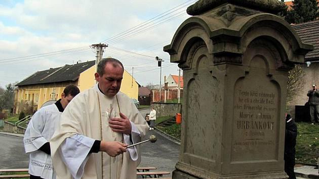 V sobotu 20. listopadu 2010 v Dřínově vysvětili zrekonstruovanou kapli svatého Jana Nepomuckého.