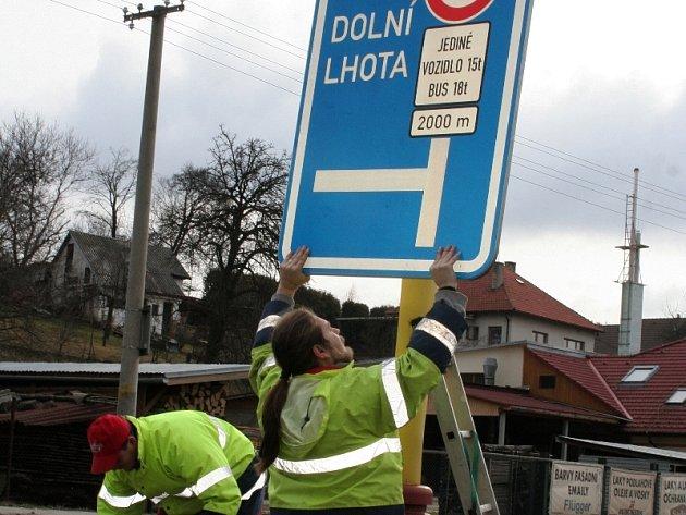 Směrem od Dolní Lhoty vozy do Luhačovic nemohou. Zákaz platí od 5. března.