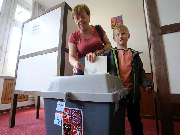 Doplňovací volby do Senátu pro okrsek č. 78 ve Zlíně.Volební okrsek č.1 Kolektivní dům