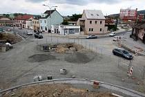 Rekonstrukce náměstí v Malenovicích v létě roku 2015