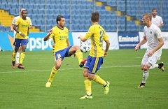 Fotbalisté Fastavu Zlín (ve žlutém) Ilustrační foto