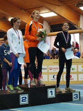 Kateřina Hálová MČR vhale 2013, stupně vítězů