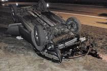 Mladá řidička havarovala v pátek 13. března kolem osmnácté hodiny na dálnici D1 u Kroměříže