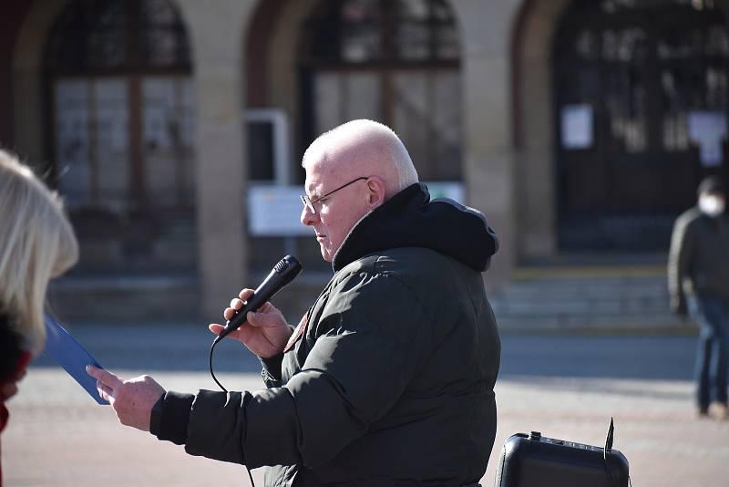 Demonstrace za návrat dětí do škol bez podmínek ve Zlíně, 7. března 2021.