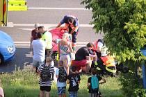 Srážka auta s chodcem ve zlínské Okružní ulici - 18. 7. 2019