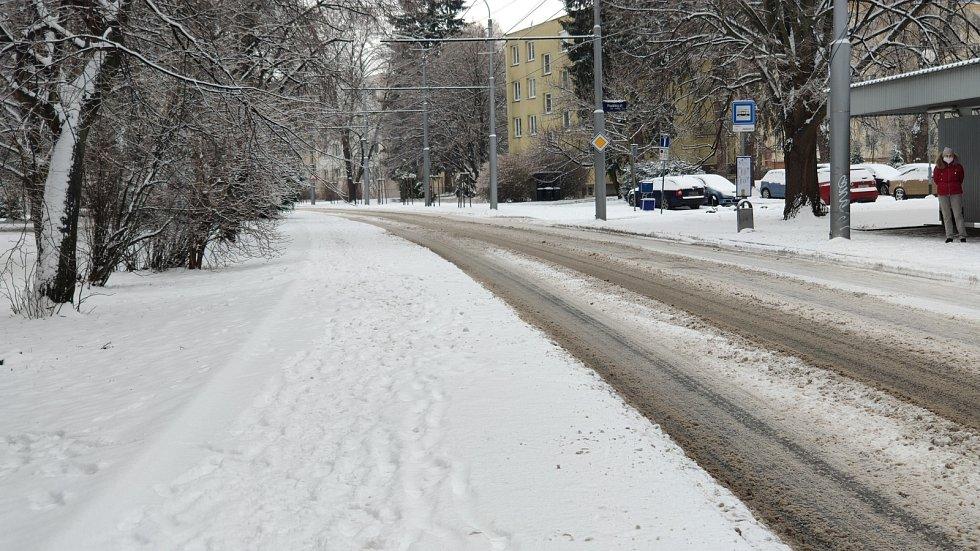 Ledovka a čerstvý sníh ve Zlíně, 8. 2. 2021