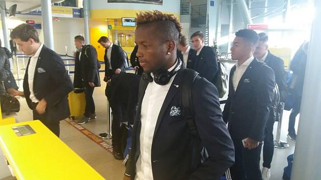 Zlínští fotbalisté ve středu dopoledne odletěli z brněnského letiště do Moldávie, kde je čeká páté utkání základní skupiny Evropské ligy.
