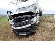 Dopravní nehoda dodávky a osobního automobilu si vyžádala jedno zranění