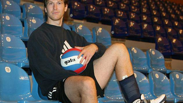 Volejbalový nahrávač české reprezentace Petr Zapletal se stal novou posilou extraligového Zlína.