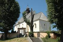 Kostelík v Tečovicích na Zlínsku patří k nejstarším stavbám v kraji