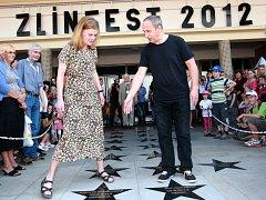 Zlín film festival 2012  Odhalení hvězd slávy na chodníku před Velkým kinem.  Zuzana Bydžovská a Jan Kraus