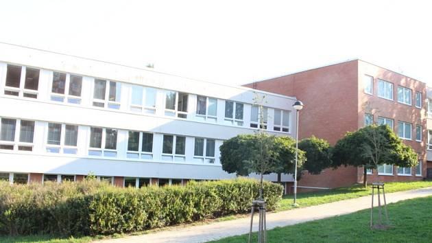 c1406b9c174 16. základní škola Okružní na Jižních svazích ve Zlíně. Ilustrační foto. ...