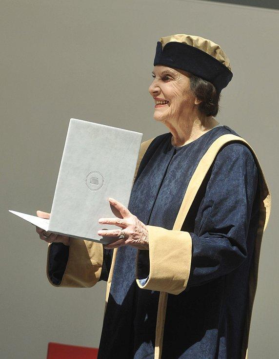 Sonja Baťová zemřela ve věku nedožitých 92 let.