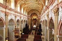 Účastníci národních cyrilometodějských oslav, kteří už za pár dnů navštíví Velehrad, se mohou těšit na vyšperkované církevní a historické centrum tohoto významného poutního místa.