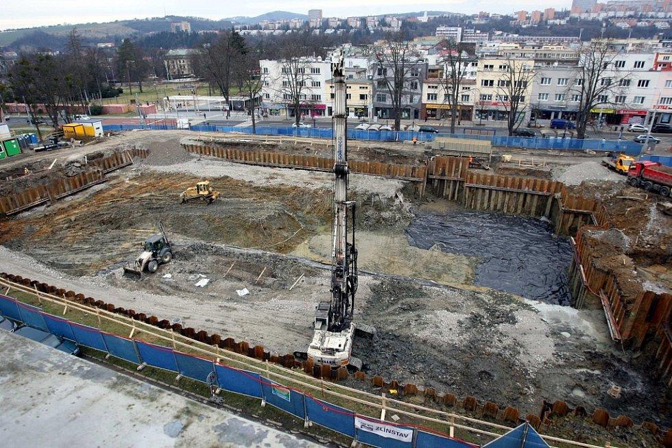 Stavba univerzitního centra ve Zlíně.