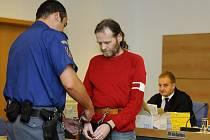 Za vydírání potravinářské společnosti Hamé uložil Krajský soud ve Zlíně Jiřímu Adamovi z Jihlavy 8,5 roku vězení.
