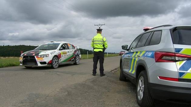 Stovky policistů ve Zlínském kraji dohlíželi na bezpečnost a pořádek v průběhu soutěže Barum Czech Rally Zlín
