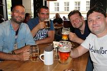 V pátek 17. června 2016 ve zlínské restauraci Kozlovna lidé fandili českým fotbalistům, kteří se na Euru utkali s Chorvatskem.