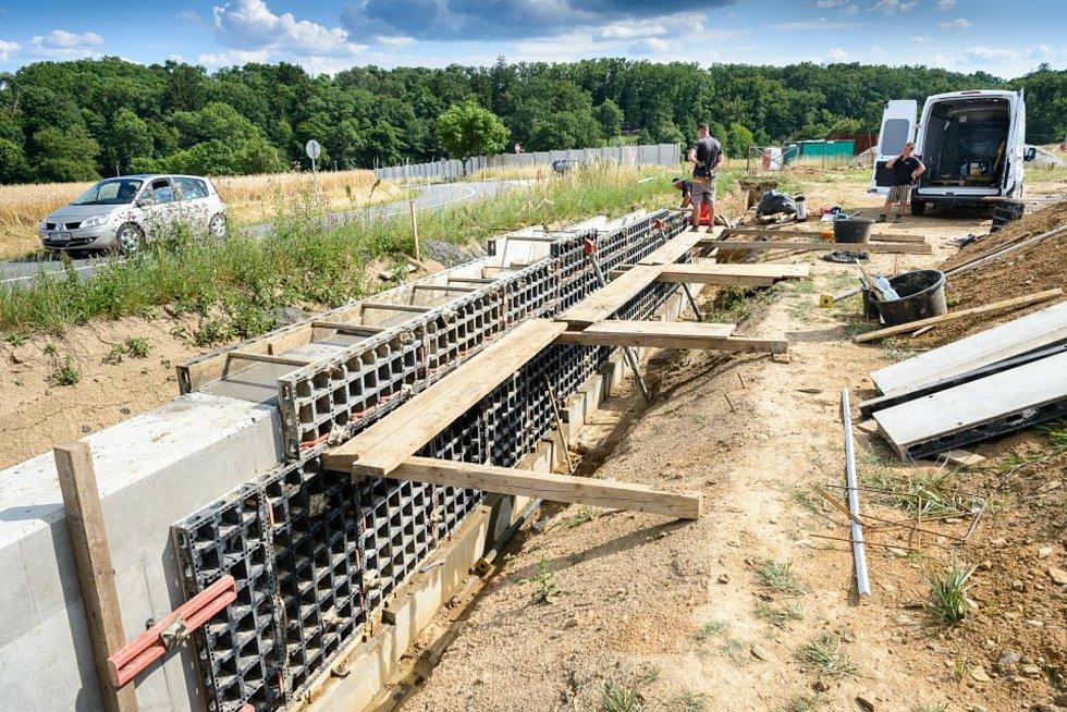 Červenec 2019 -dokončení výstavby nového oplocení Karibuni