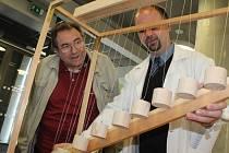 Vernisáží zahájili výstavu věnovanou Ernstu Machovi.