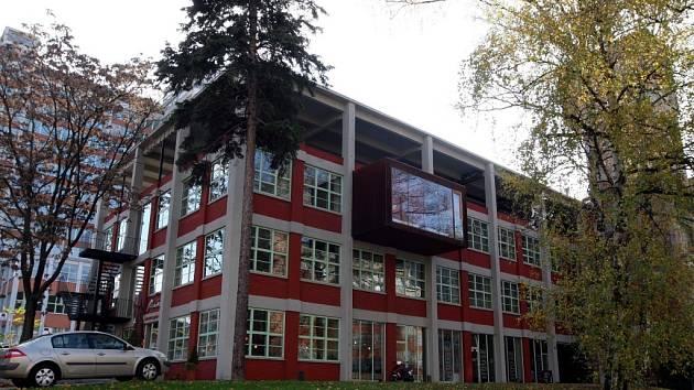 23. budova podnikatelský inkubátor v továrním areálu ve Zlíně.  TK TIC technologické informační centrum.