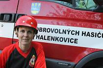 Margita Abrahámová, členka ženského družstva Sboru dobrovolných hasičů Halenkovice.