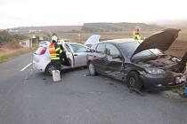 Srážka dvou aut na Zlínsku si vyžádala jedno vážné zranění.