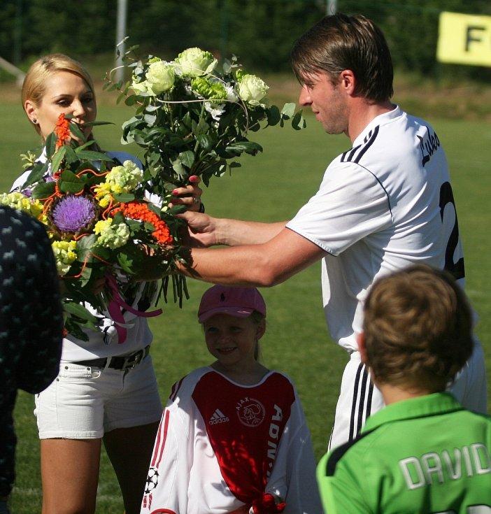 Fotbalista Zdeněk Grygera se v Holešově rozloučil s aktivní kariérou.
