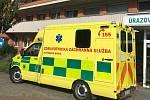 Ve zlínské KNTB bojují proti covidu s nasazením i dobrou náladou. Ambulance však zejí prázdnotou. Lidé se v době pandemie bojí chodit na vyšetření.