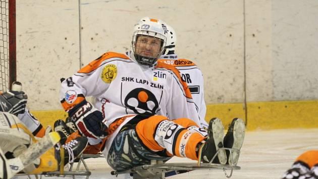 Obránce sledge hokejistů SHK Lapp Zlín Pavel Julina
