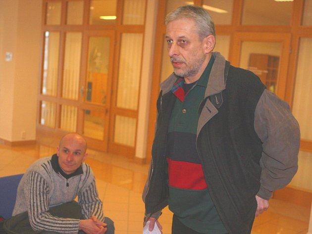 Bratři Devátí před krajským soudem ve Zlíně ze dne 26. března tohoto roku.