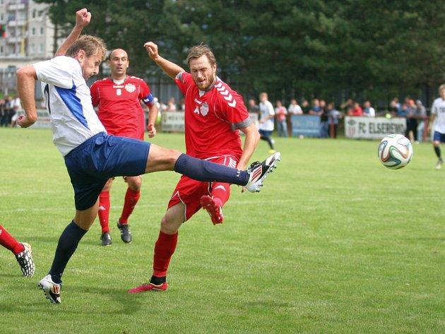 FC Elseremo Brumov (červení). Ilustrační foto.