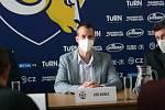 Zástupci hokejistů PSG Berani Zlín představili v úterý v poledne na své tiskové konferenci své plány a cíle na prahu nové extraligové sezony. Na snímku prezident klubu Jiří Korec.
