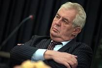 Návštěva prezidenta Miloše Zemana ve Zlínském kraji.  Setkání se starosty dům kultury Luhačovice.