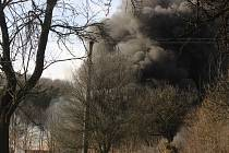 Požár pneumatik. Ilustrační foto
