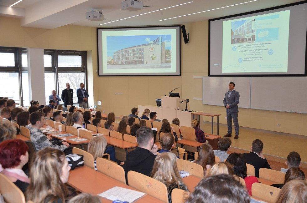 Fakulta managementu a ekonomiky (FaME) slaví výročí.