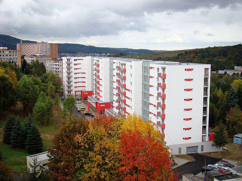 BYTOVÝ DŮM VE ZLÍNĚ. Nová stavba na sídlišti Jižní Svahy ve Zlíně zvítězila v kategorii domy pro bydlení.