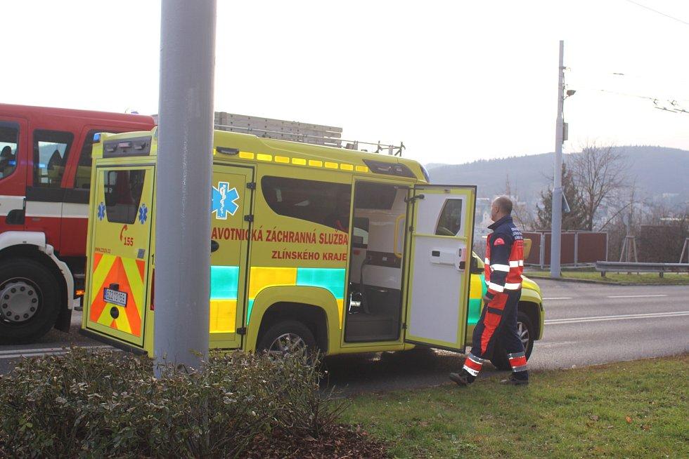 Dopravní nehoda v Okružní ulici ve Zlíně.