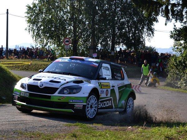 Poslední možnost vyladit svůj vůz před slavnostním startem 43.ročníku Barum Czech Rally Zlín využila vpátek dopoledne na shakedownu Hvozná většina posádek