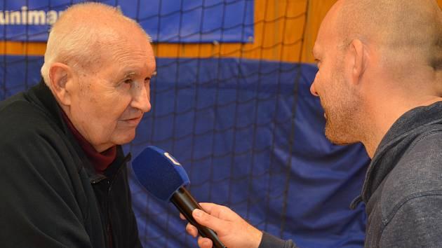 Legendární házenkář Jaroslav Provazník, který má dnes 89 let, na tradiční klubové akci Turnaj generací.