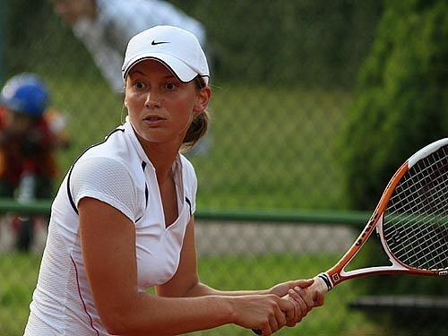 Nadějná tenistka Martina Kubičíková.