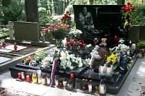Hrob Karla Rachůnka na Lesním hřbitově ve Zlíně.